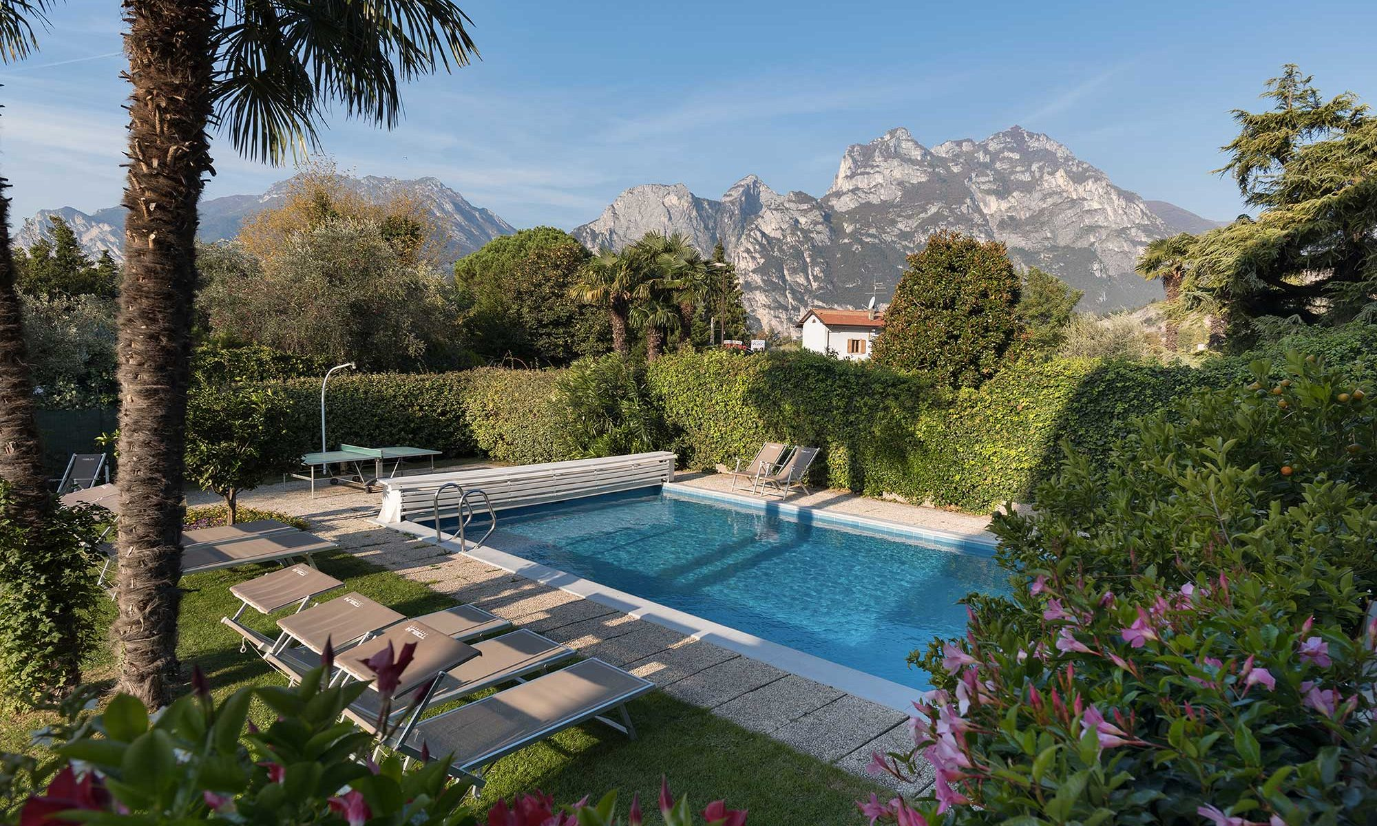 Ferienwohnungen mit Pool am Gardasee